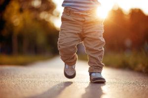 ベビーカーって何歳まで使う【歩かせた方がいいの?】